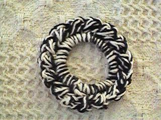 Deb's Crafts: Baby Pompadour Scrunchie Free Crochet Pattern